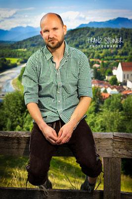 Foto von Moritz Fischer / Bad Tölz / Tracht / Natur / Aussicht / Bayern / Schauspieler