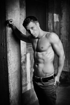 Foto von Jürgen / Mann / Tiefgarage / Bodybuilding / Model
