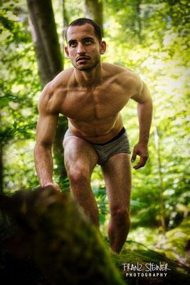 Wald / München / Isar / Mann / Bodybuilding / Model