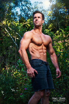 Foto von Frank Metzler / Bodybuilder / Natur / Outdoorshooting / Model