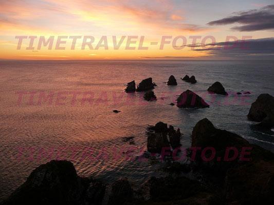 Der sogenannte Nugget Point kurz vor Sonnenaufgang in Süd-Neuseeland. Foto: Esther Knipschild