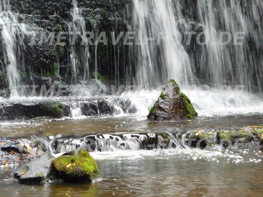 Ein Wasserfall im Catlins Forest Park in der südlichsten Region Neuseelands. Foto: Esther Knipschild