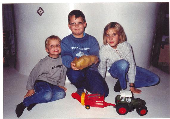 Riesenkartoffel bei Messerschmidts 2003