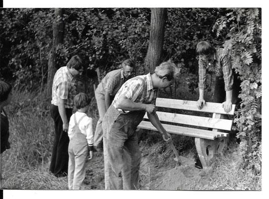Bankaufstellen vor dem Hils 16.7.1981