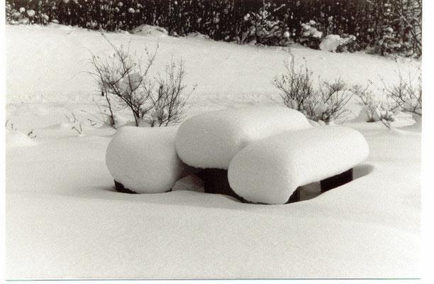 Parkplatz am Ith; da lag noch Schnee! Januar 1985