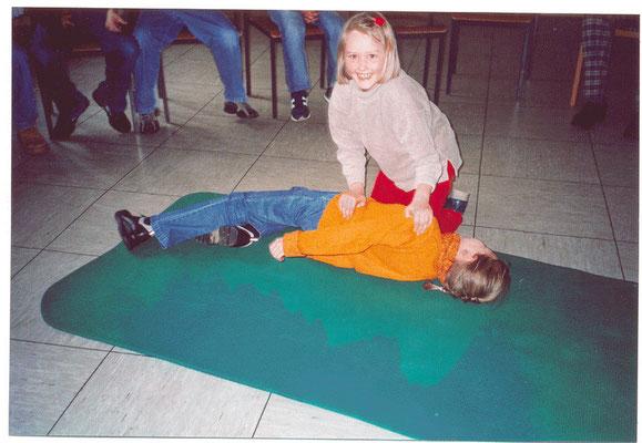 Erste Hilfe für Kinder 2004