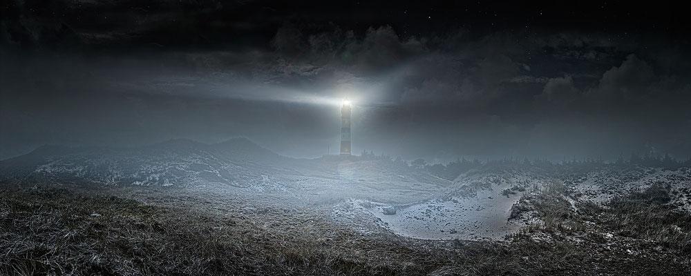 Leuchtturm Amrum · 200 x 80 cm · Leinwand auf Keilrahmen: € 960,- · Aludibond: € 1.210,- · Acrylglas auf Aludibond: € 1.470,-  · © Stefan Korff