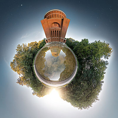 Messehallen · 90 x 90 cm · Leinwand auf Keilrahmen: € 640,- ·  Aludibond: € 780,- ·  Acrylglas auf Aludibond: € 940,-  · © Stefan Korff