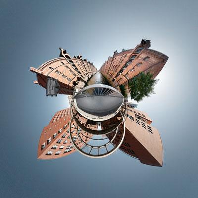 Alte Speicherstadt · 90 x 90 cm · Leinwand auf Keilrahmen: € 640,- ·  Aludibond: € 780,- ·  Acrylglas auf Aludibond: € 940,-  · © Stefan Korff