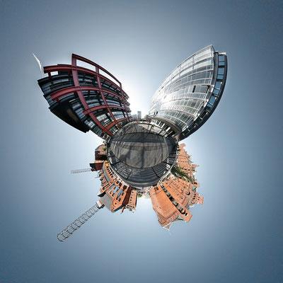 Neue Speicherstadt I · 90 x 90 cm · Leinwand auf Keilrahmen: € 640,- ·  Aludibond: € 780,- ·  Acrylglas auf Aludibond: € 940,-  · © Stefan Korff