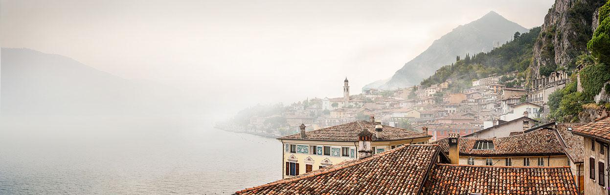 Limone sul Garda · 190 x 60 cm · Leinwand auf Keilrahmen: € 760,- ·  Aludibond: € 940,- ·  Acrylglas auf Aludibond: € 1.130,-  · © Stefan Korff