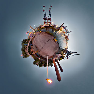 Waltershof · 90 x 90 cm · Leinwand auf Keilrahmen: € 640,- ·  Aludibond: € 780,- ·  Acrylglas auf Aludibond: € 940,-  · © Stefan Korff
