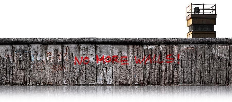 Berliner Mauer 5b  ·  200 x 90 cm · Leinwand auf Keilrahmen: € 1.330,- · Aludibond: € 1.720,- ·Acrylglas auf Aludibond: € 2.090,-  · © Stefan Korff