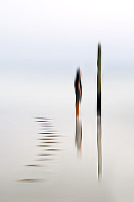 Grenzgang 6 · 60 x 90 cm · Leinwand auf Keilrahmen: € 420,- · Aludibond: € 520,- · Acrylglas auf Aludibond: € 630,-  · © Karena Kanamüller