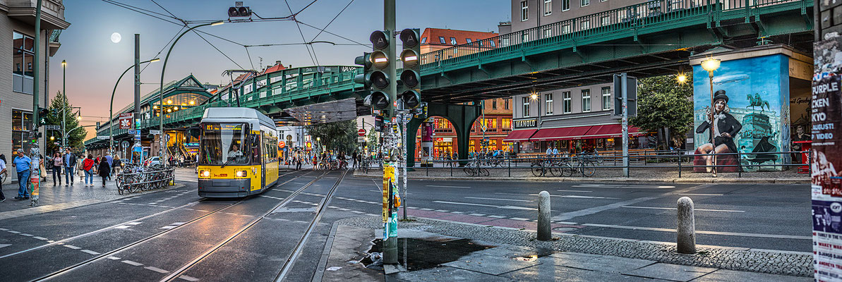 Eberswalder Straße, 180 x 60 cm  ·  Leinwand auf Keilrahmen: € 710,- · Aludibond: € 880,- ·Acrylglas auf Aludibond: € 1.060,-  · © Stefan Korff