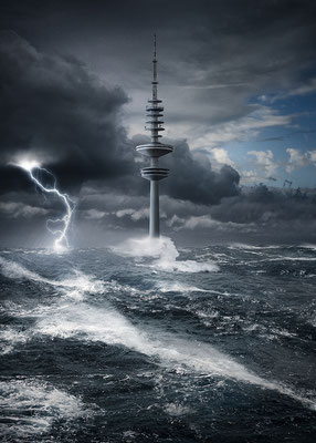 Hamburg Fernsehturm II · 60 x 90 cm ·  Aludibond: € 590,- · Acrylglas auf Aludibond: € 710,-   · © Stefan Korff