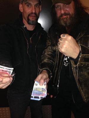 Mark and Kurt offering us money to fly back to la Palma, Helldorado 2018