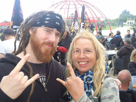 Reina with Nico, The Arrs, Hellfest 2013