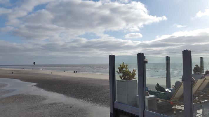 Mein Lieblingsplatz Strandbar 54° Nord auf dem Pfahlbau in St. Peter-Ording