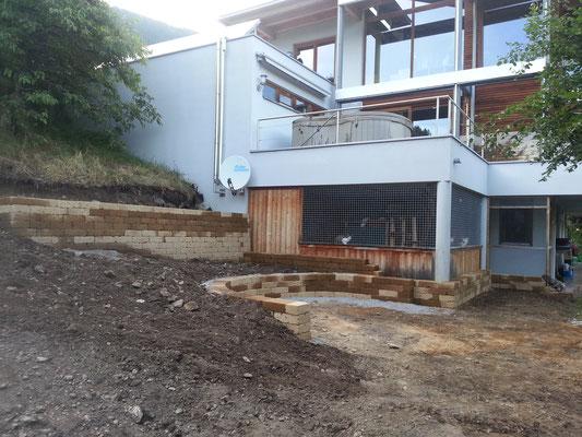 Juli 2014 Außenanlage Baubeginn für Grüngehege
