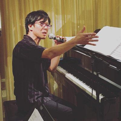 RyuHeyzoがMCと伴奏のすべてを担当しました(2)