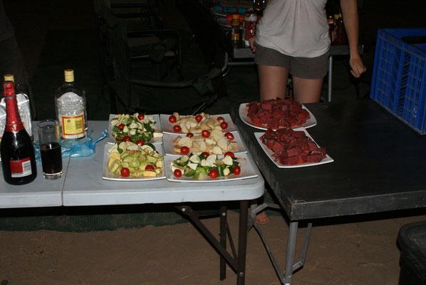 Haute Cuisine im Buschcamp.