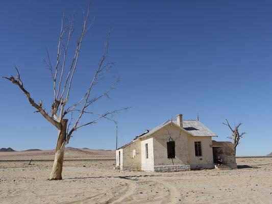 Alter Bahnhof vor Lüderitz