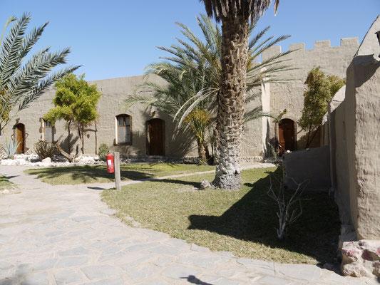 Innenhof - Lodge Fort Sesfontain