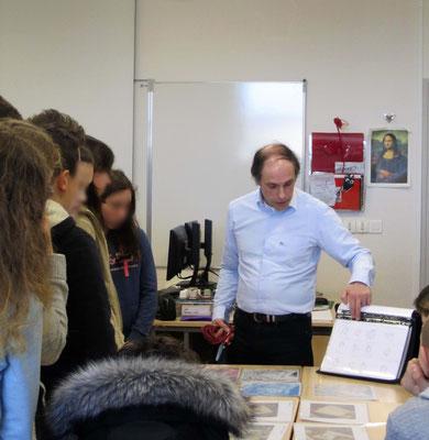 Le dessinateur Stéphane Puisney au collège du Bois d'Orceau à Tilly-sur-Seulles