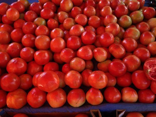 Dienstag: Markt in Zacharo