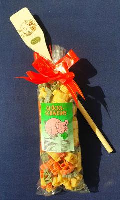 Glückschwein Nudeln mit Löffel