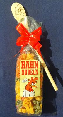 Gockel Nudeln mit Löffel