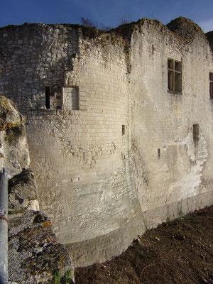 Château de Picquigny façade sud depuis le barbacane