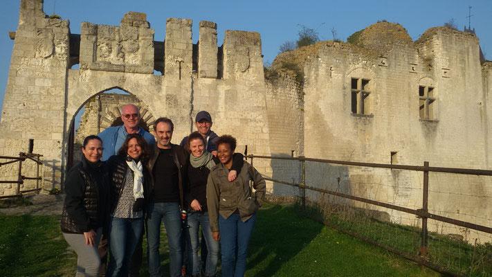 Château de Picquigny, Bruno Solo, la véritable guerre des trônes, l'équipe de tournage