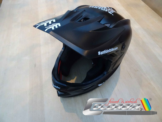 Integral BMX Helm Airbrush Lackierung