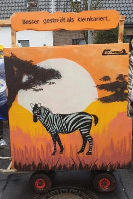 Karnevalswagen Lackierung Grafitti