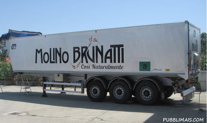 Decorazioni adesive camion cisterne tir a torino for Format arredamenti orbassano