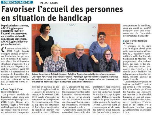 Le Dauphiné Libéré du 06-11-2019-Accueil des personnes avec handicap àTournon