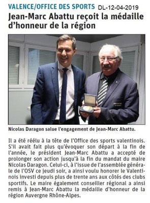 Le Dauphiné Libéré du 12-04-2019- Récompense AuRA à JM. ABATTU
