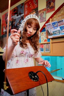 ༺♥༻ 特別ご出演 ღテルミン奏者 トリ音(とりね) *:☆・∴・∴・∴・∴・∴