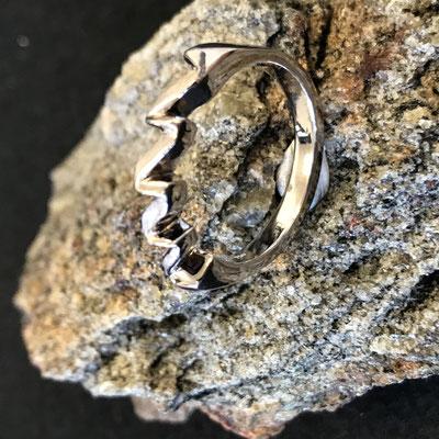 #ring #gold#diamonds #jewellery #artjewellery
