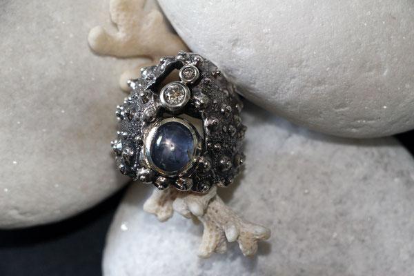 #saphir #diamonds #silverring #uniquepiece #seainspiration