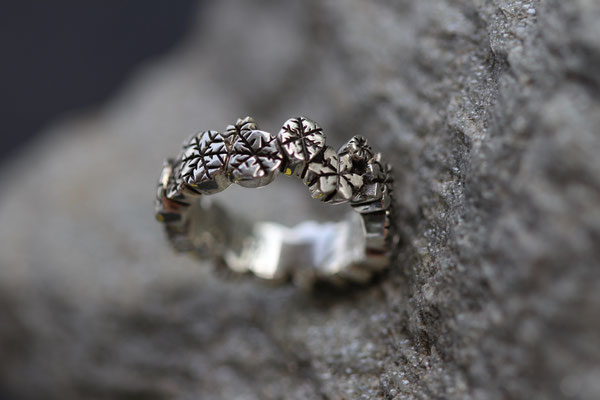 #ring #silver #snow