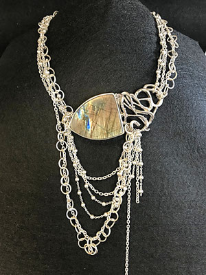 collier argent avce Labradorite