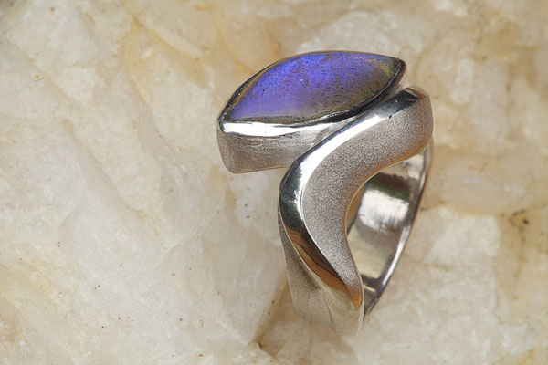 #ring #silverring #jewellery #artjewellery #labradorit