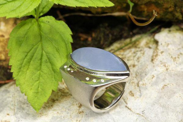 #ring #silverring #jewellery #artjewellery #diamonds