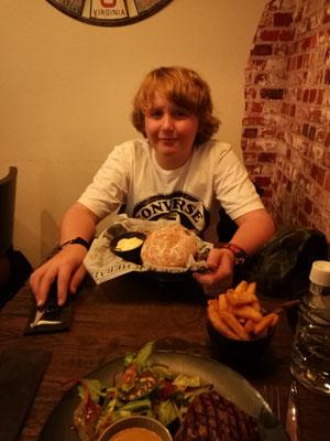 Abendessen in der Grillbar Ruig
