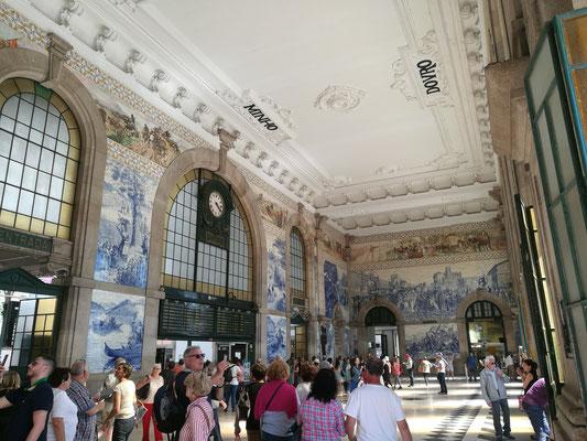 Porto und sein toller Bahnhof