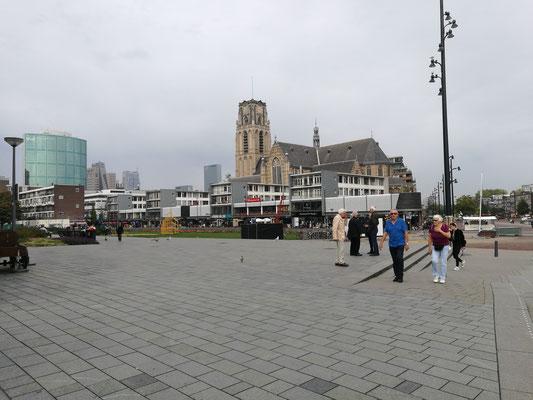 Rotterdam vor der Markthalle