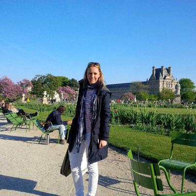 Mama im Jardin des Tuileries